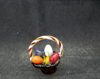 Small Easter egg basket figurine