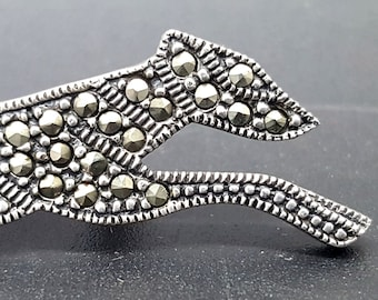 Greyhound / Sighthound - silver brooch