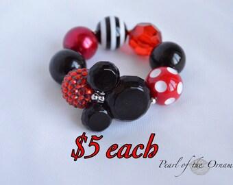Minnie Mouse party favor red black Minnie Mouse chunky bracelet Minnie Mouse bubblegum bracelet baby girl toddler bracelet loot bag ears