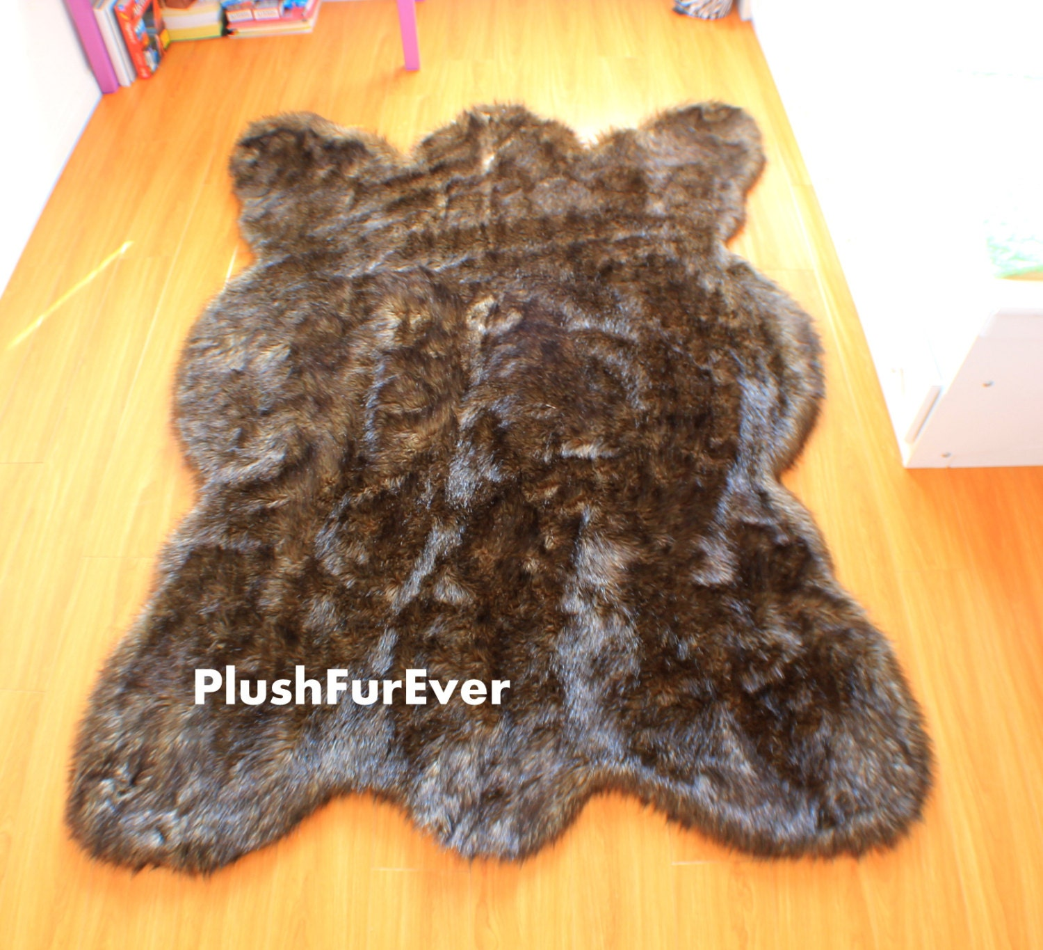 Black Tip Wolf Fake Faux Fur Rugs Plush Large Rug Bearskin