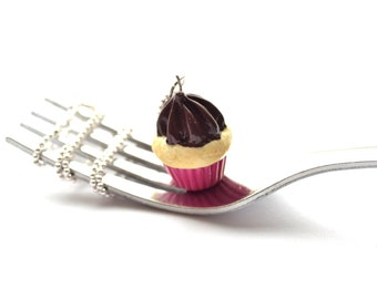 Cupcake Necklace || Vanilla Cupcake Charm || Miniture Food Jewelry