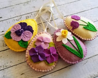 Felt Easter decoration, Felt Easter eggs with flowers, tulip, daffodil, Easter ornaments, Felt Easter party decor / set of 4