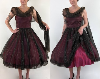 1950's Black Chiffon & Iridescent Fuschia Taffeta New Look Tea Length Party Dress with Attached Sash and Gold Flecking Detail | Size Small