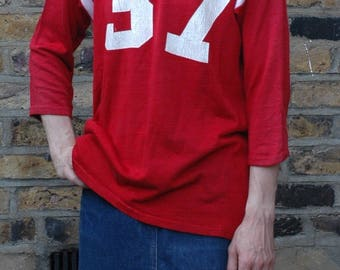 True vintage 1960's Red Athletic Wear football top 3LC9E5J