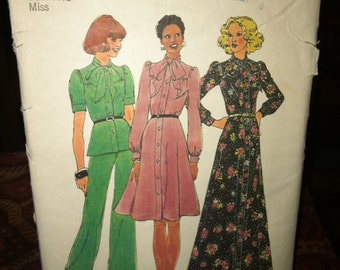 Vintage Simplicity Sewing Pattern 6664
