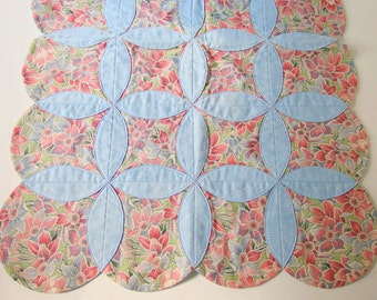 Pink and Blue Daffodil Quilted Orange Peel Table Runner