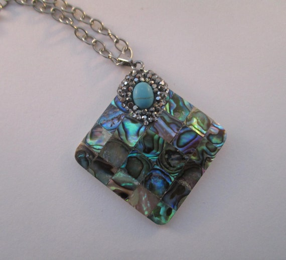 Abalone Mosaic Pendant Necklace N623176