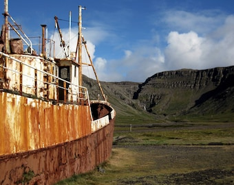 Photo print - Beached fishing boat, Iceland