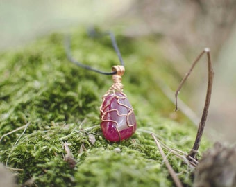 "Necklace with Agate Fuchsia and copper wire-collection: ""heart of stone"""