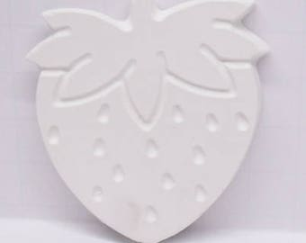 Ready To Paint/DIY/Plaster/ChalkWare/PlasterCraft/Flat Back Magnet Strawberry #179