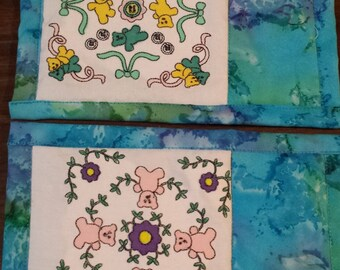Embroidered and hand painted bears mug rug