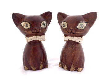 Vintage Siamese Cat Salt and Pepper Shakers Winking and Blinking Eyes LeGo Japan Brown Cat Salt and Pepper Shakers