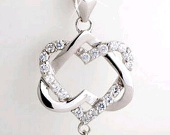 Beautiful Entwined Heart Silver Necklace