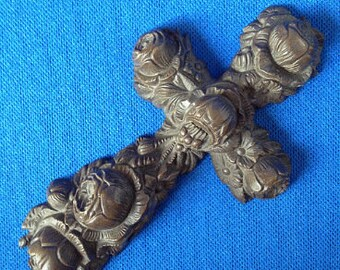 Victorian Gutta Percha Mourning Crucifix