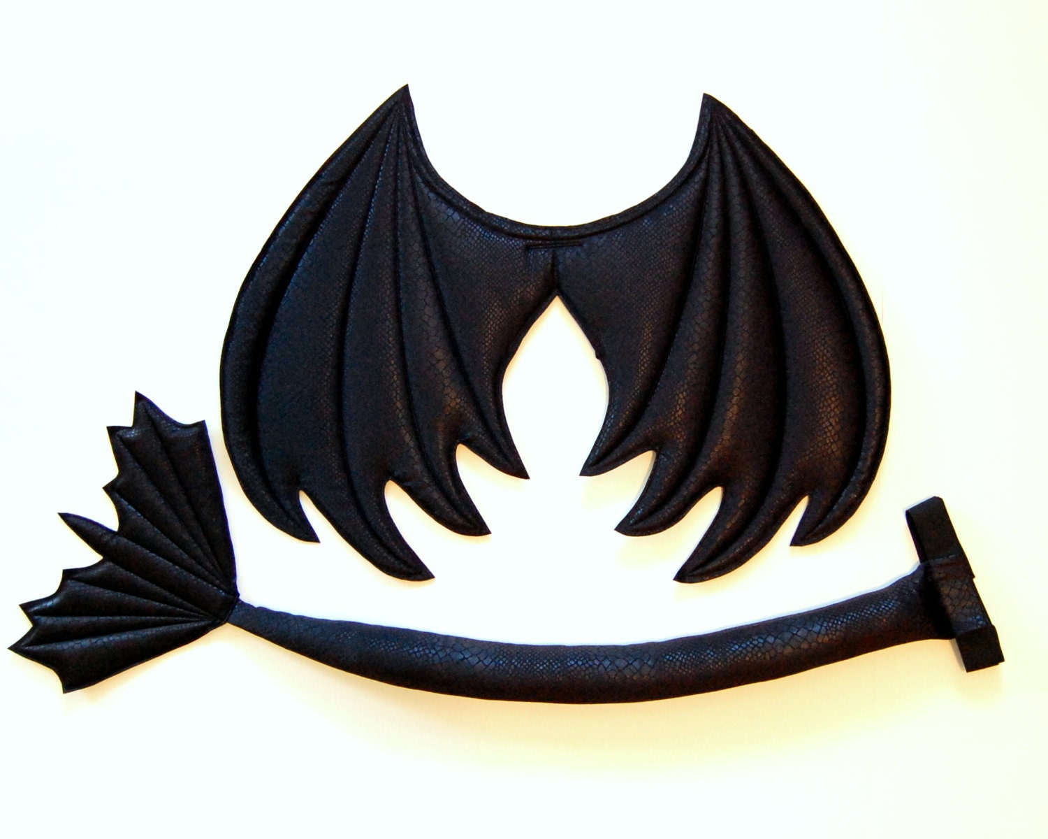Black Dragon Wings and Tail set wire free Toothless dragon - photo#43