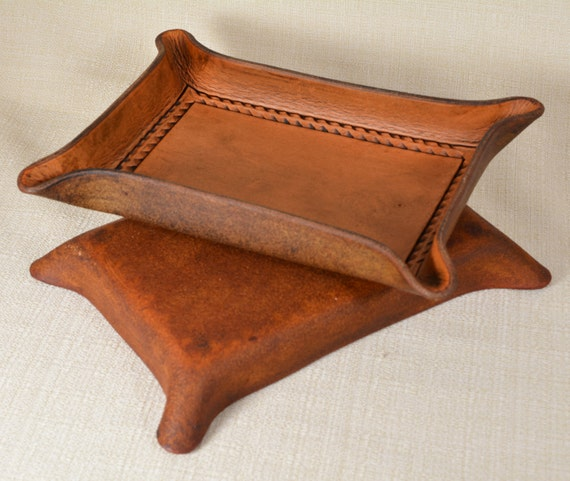Valet Tray with Rope Border Tooling - Full Grain Leather