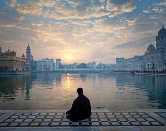India Photography, Sikh Warrior Meditating, Golden Temple, Amritsar, India, Holy Lake, Sikh Photo, Sikhism, Sikh Art, India Fine Art Print