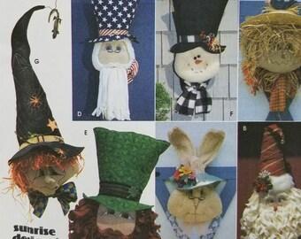 Sunrise Designs Jana Beus Simplicity Crafts 8935 Holiday Door Decorations Witch Rabbit Santa Scarecrow Snowman Leprechaun Uncle Sam