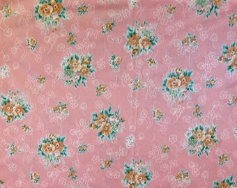 4m of fabric Gorgeous fabric offcut puprle floral retro shabby chic
