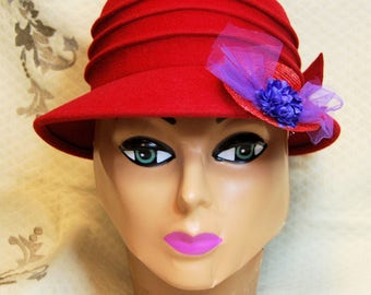 Vintage San Diego Hat Co Ladies Red Hat Society Cloche Wool Hat with Pin