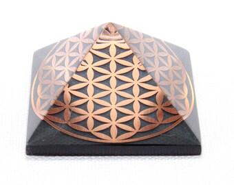 FLOWER of LIFE  Orgone Pyramid Reiki Therapy Orgonite Pyramid Feng Shui Decor Chakra Art Crystal Pyramid Orgone Generator