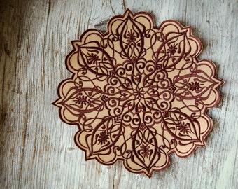 Feminity Mandala Patch, Different Colours, Flower Mandala Embroidery, Mandala der Weiblichkeit Aufnäher, Stickerei in verschiedenen Farben