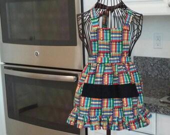 Girls crayon apron with crayon pocket