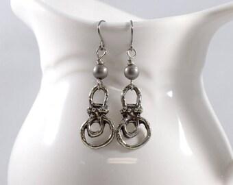 Handmade Earrings, Simple Earrings, Pewter Earrings, Wire Earrings, Boho Chic Earrings, Artisan Earrings, Industrial Earrings, Silver, AE130