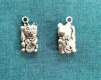 1 x Tibetan silver maneki neko lucky cat charm