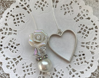 IRIDESCENT ROSE HEART//Planner Bookmark Charm//Perfect for your travelers notebook or planner.