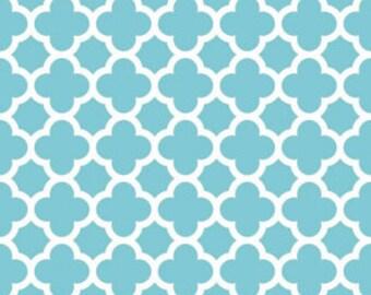 Laminated Cotton aka Oilcloth heavyweight SPLAT MAT, Aqua quatrefoil, choose your size