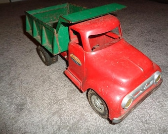 Large size 1956 Tonka dump truck,all original very good shape