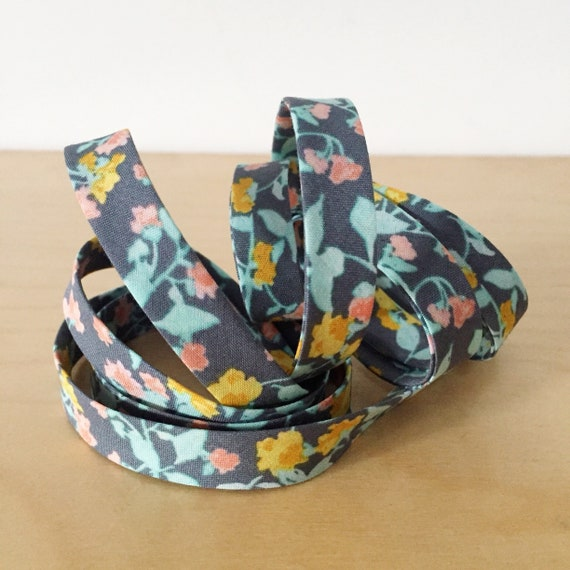 "Bias Tape- Kaufman Woodland Clearing Small Flowers in Gray 1/2"" double-fold binding- 3 yard roll"