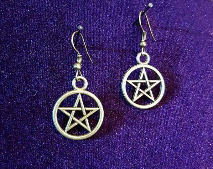 Pentagram earrings - witch witchcraft wicca gothic pentagram magic pagan steampunk