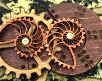 Stained Kinetic Nautilus Gear Pin