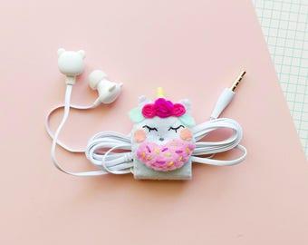 Unicorn felt earphone organizer with bear-shaped headphones, iphone earbuds, samsung earpods, phone accessories