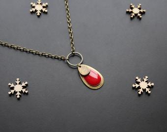 Red sequin ethnic bronze pendant necklace