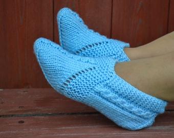 Woolen socks hand knitted