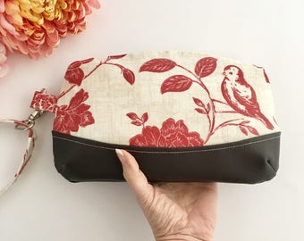 Clutch purse, mothers day gift, wrist wallet, faux leather clutch bag, fabric bags, floral wristet, clutch bags, bird print