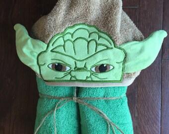 Yoda jedi master Hooded Towel