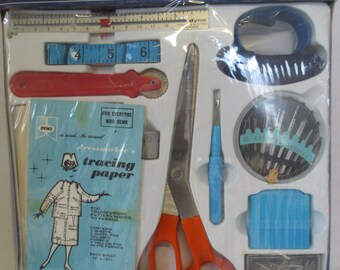 Vintage DYNO deluxe sewing kit orignial box Start To Sew