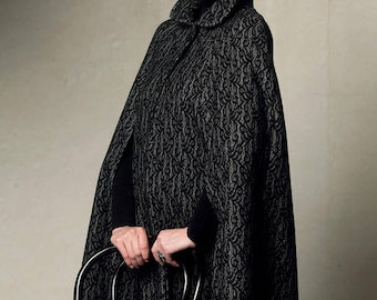 Cape by V8959 Vogue sewing pattern