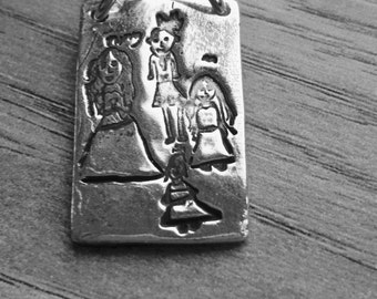 Bespoke silver pendant ... Capture that special memory in  child's drawing. A treasured memory
