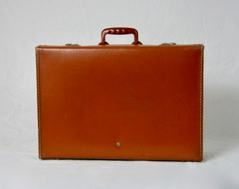 CROWN LUGGAGE Vintage 1960s Leather Weekend Suitcase Travel On Board Attache Case