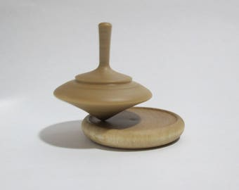 Spinning wooden on the tray