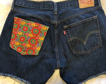 501 Levi's Embroidered Shorts Waist 30