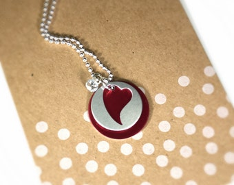 Collier rouge coeur Silhouette