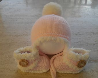 Knitted Baby Girl Fur Booties And Hat, Baby Girl Booties And Hat, Baby Girl Boots And Hat,  Size 3 to 6  Months Ready Made