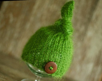 Knitted Newborn Hat,Top Knot Hat, Green hat, Baby Boy Hat, Hat with buttons, Knit baby hat, Photo prop, Photography,Beanie