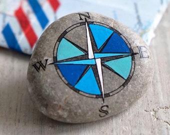 Travel Stone // kompas steen // cadeau voor reiziger // afscheidscadeau // bescherming op reis // talisman // reisfoto's // navigatie